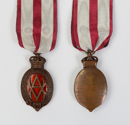 Albert Medal awarded to Tom Crean (Courtesy of Kerry County Museum)